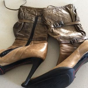 Vera Cuoio High Heel Ankle Boots. Size 37